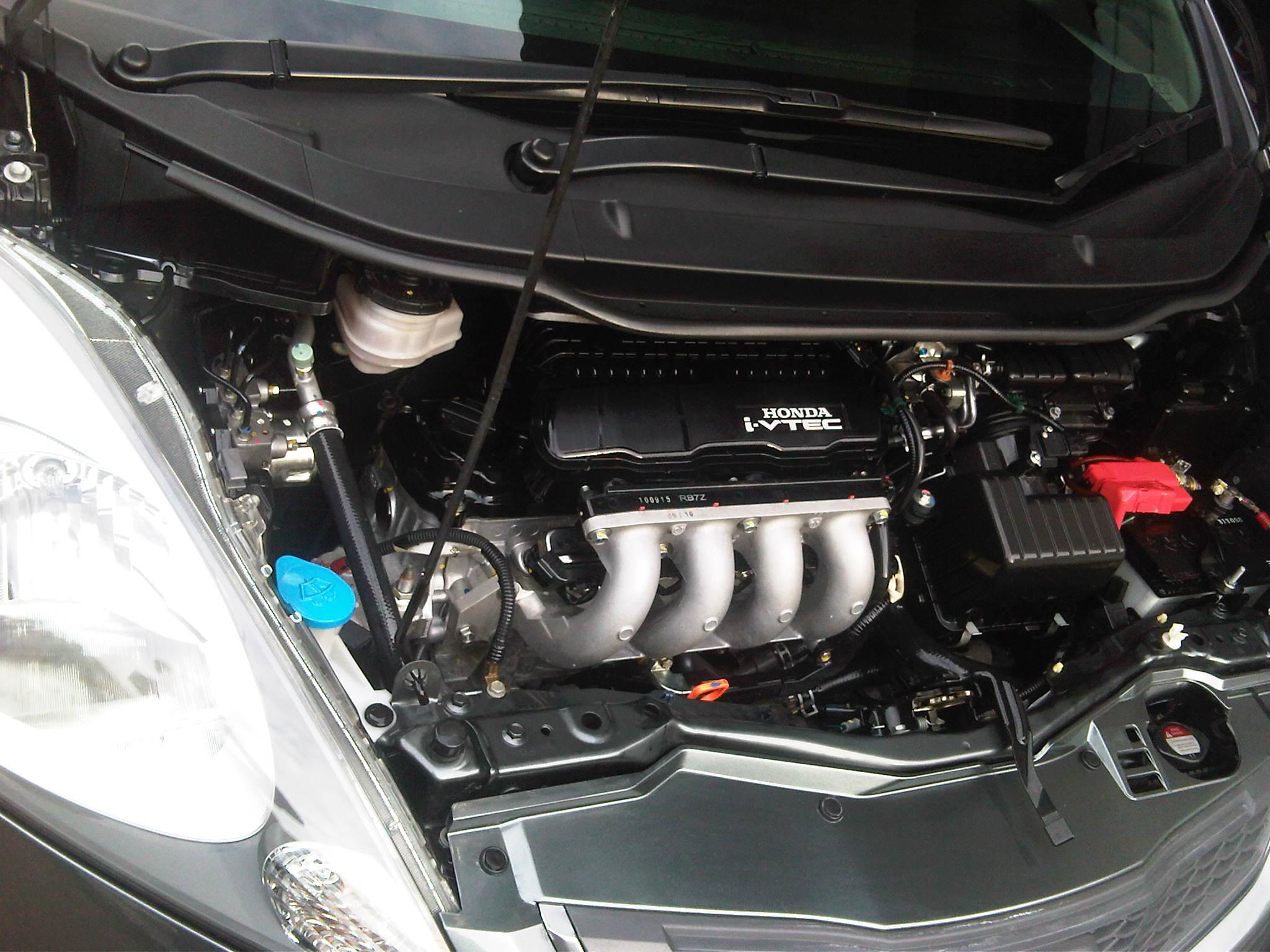 2010 Honda Jazz RS – GARASI 64