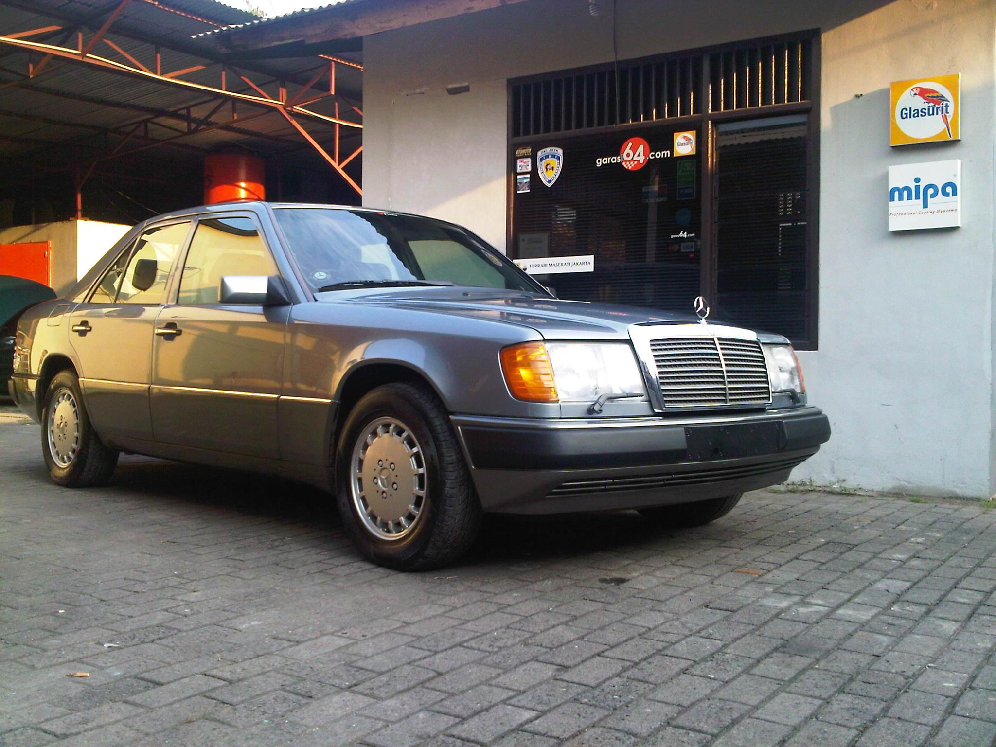 1990 mercedes benz 300e w124 garasi 64 for How much is a 1990 mercedes benz worth