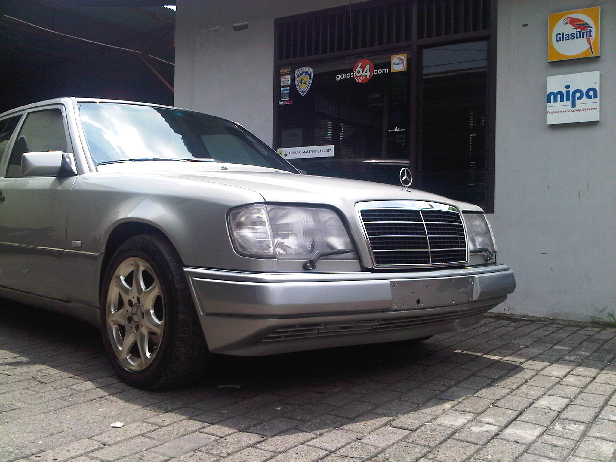 1995 mercedes benz e320 w124 garasi 64 for Mercedes benz creator